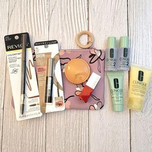 Bundle makeup & skincare samples